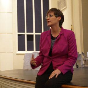 Laura Draper art teacher speaking DSC04009-SQ