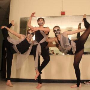 dancers in Hamlet-SQ